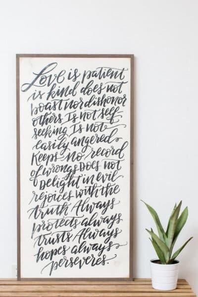 farmhouse-signs-love-is-patient