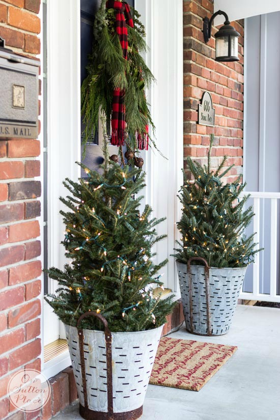 Simply Inspired Holidays: Decorating Your Front Door