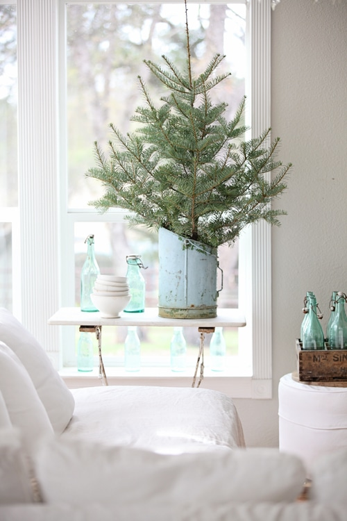 A Bit of Farmhouse: Galvanized & Zinc Christmas Decor
