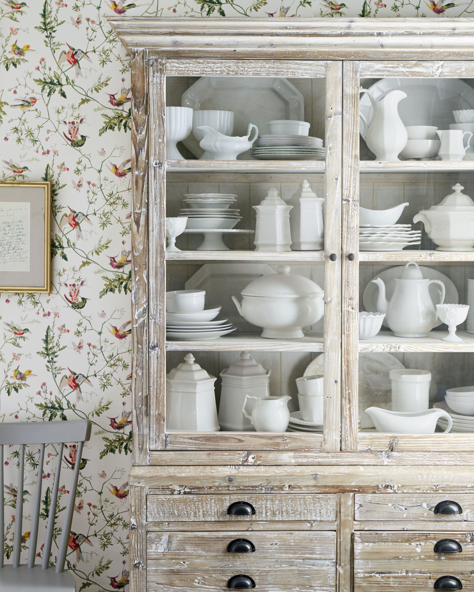 The Decorating Store: Where Do You Store Your Dishes?