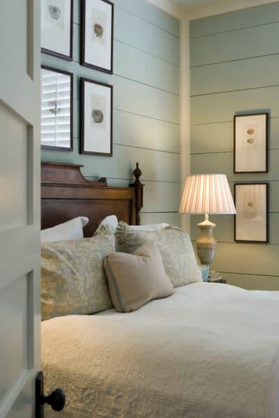 Cottage Bedroom Historical Concepts