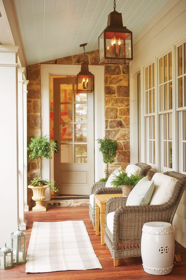 Inspiration how to decorate a porch the inspired room - How to furnish a small bedroom ...