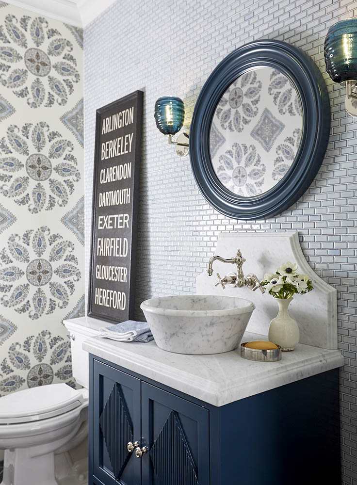 5 navy white bathrooms the inspired room rh theinspiredroom net navy and white bathroom rug navy and white bathroom tile