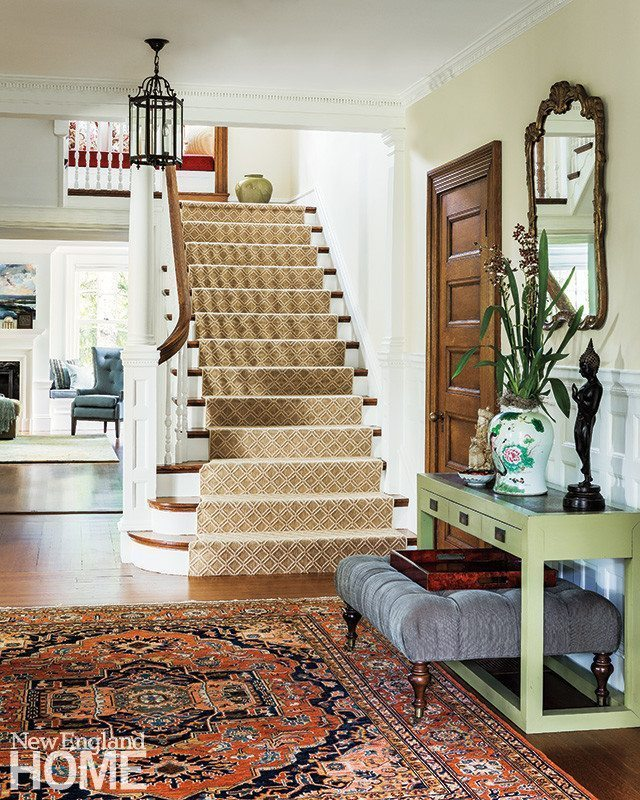 Six Unexpected Ways to Create a Cozy Entry