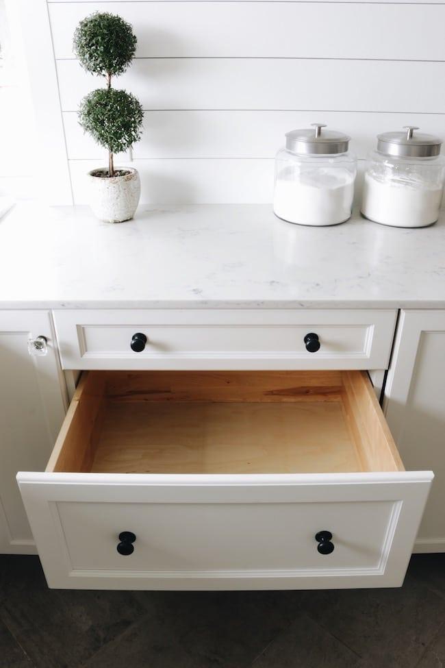 Making Things Pretty: Drawer & Shelf Liners