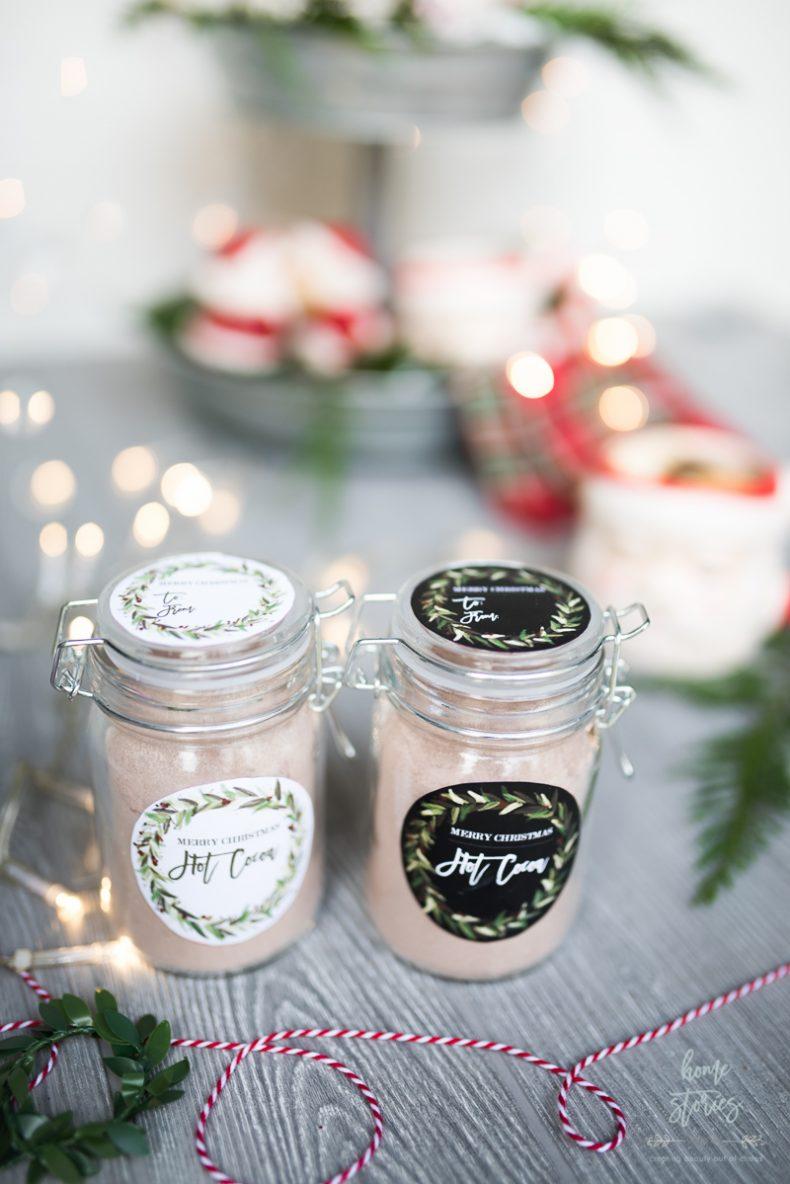 Free Printable Christmas Gift Tags and Gift Wrap