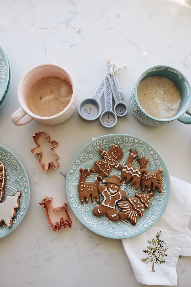 4 Ways to Create a Cozy Winter Mood + Cyber Monday