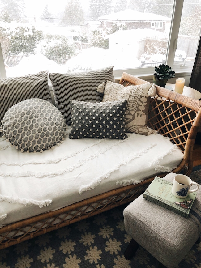 Daybed + Living Room (and Daybed Sources)