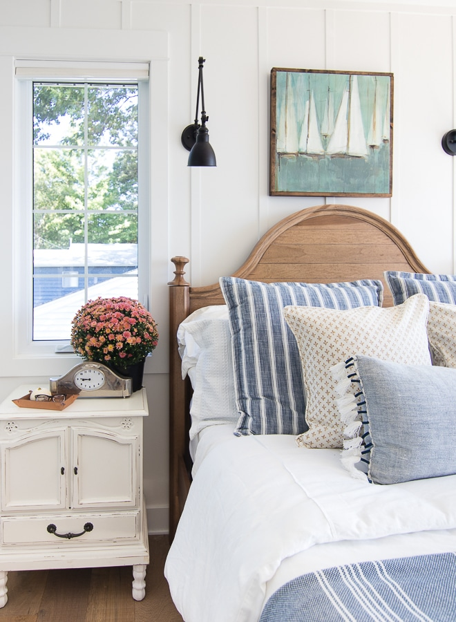 Wall Sconces by the Bed: Get Inspired!