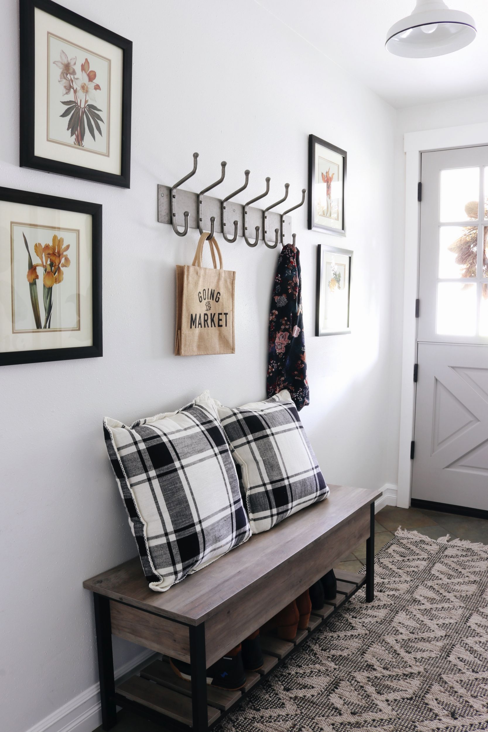 How to add Character with Light Fixtures