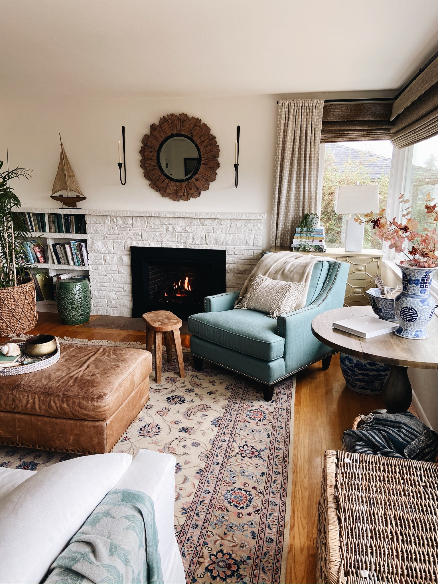 Tips to Decorate Your Fall Living Room