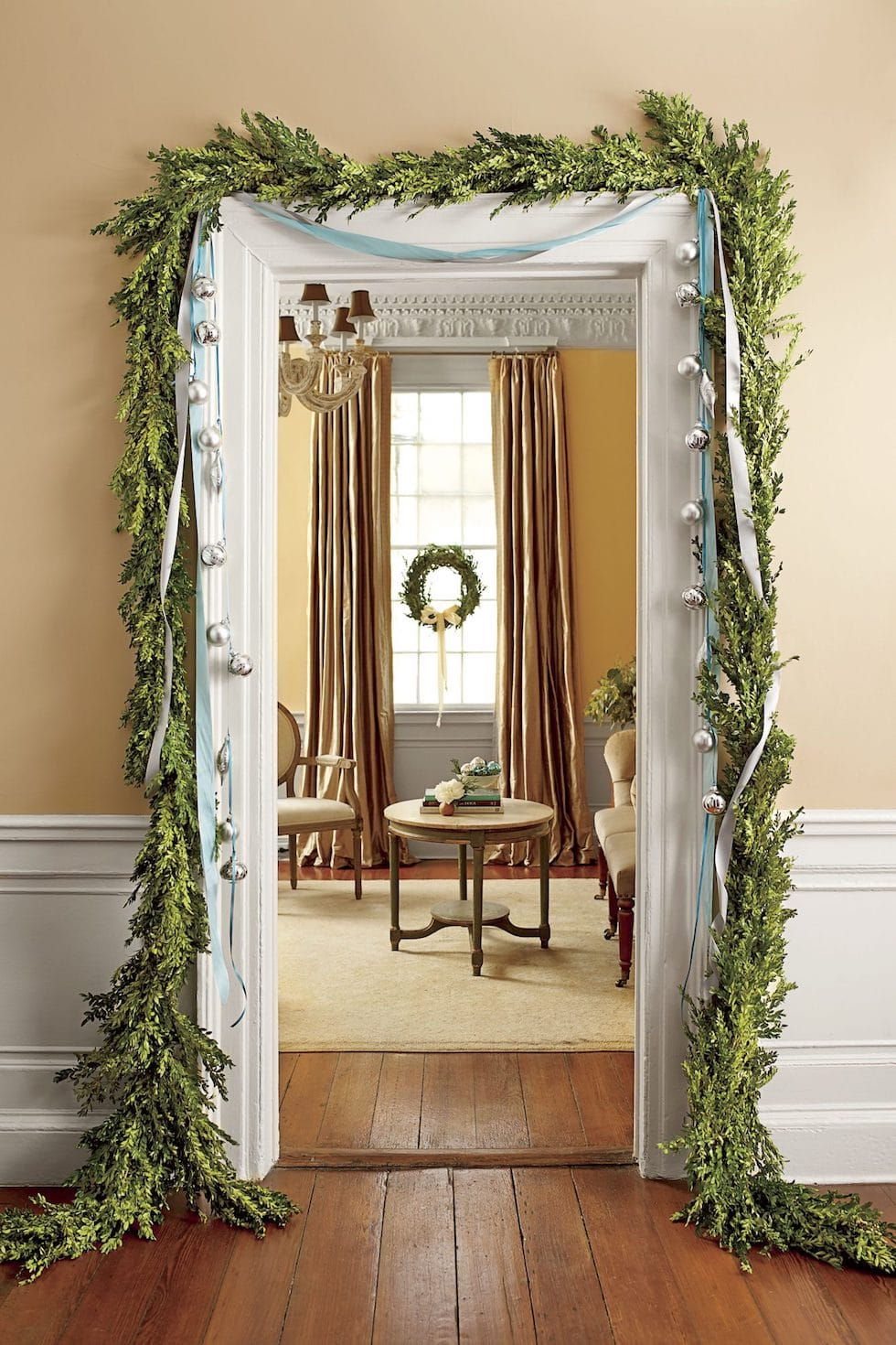 Christmas Decor Ideas with Garland Greenery