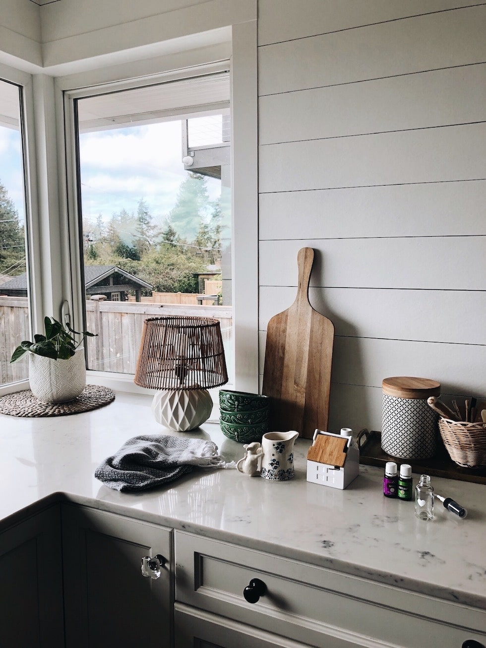 7 Reasons You Need Essential Oils in Your Home