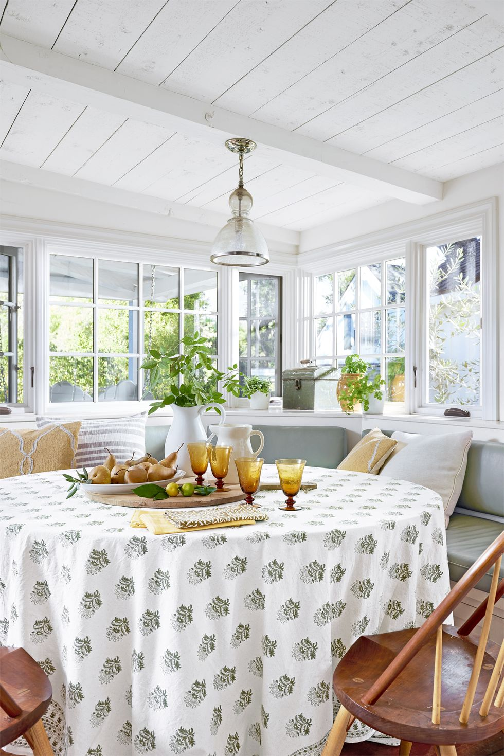 5 Simple Ways to Decorate for Spring