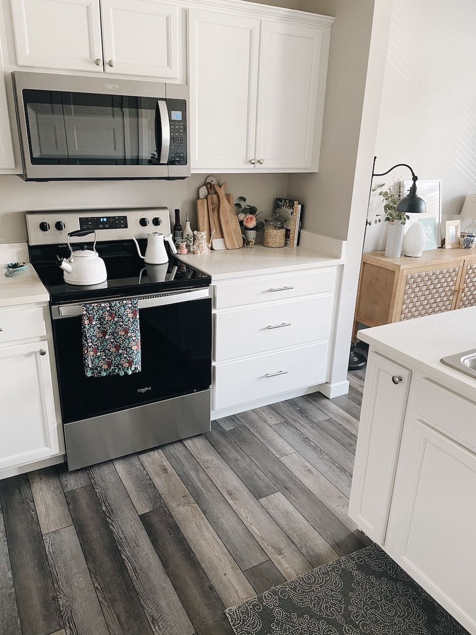Courtney's Apartment Update + Tour (500 Square Feet!)