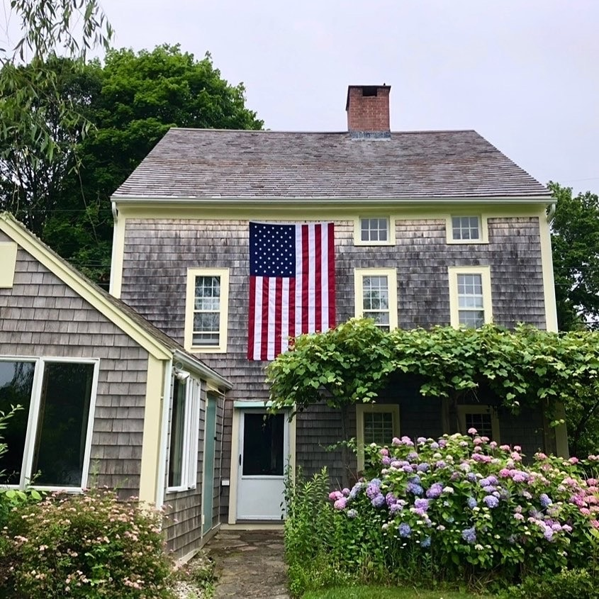 Flags in Decor + Memorial Day Weekend