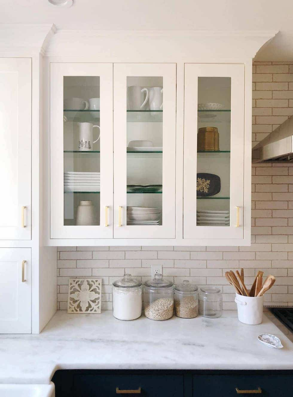 Styling Glass Kitchen Cabinets (Kylee's House Update)